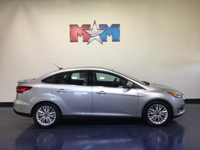 Pre-Owned 2018 Ford Focus Titanium Sedan