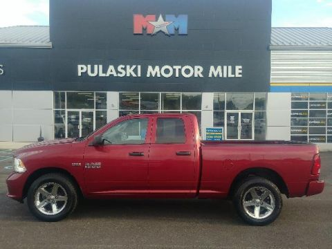 Pre-Owned 2013 Ram 1500 4WD Quad Cab 140.5 Express